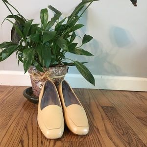 Liberty Loafers by Enzo Angiolini Buttercup/ 8 1/2